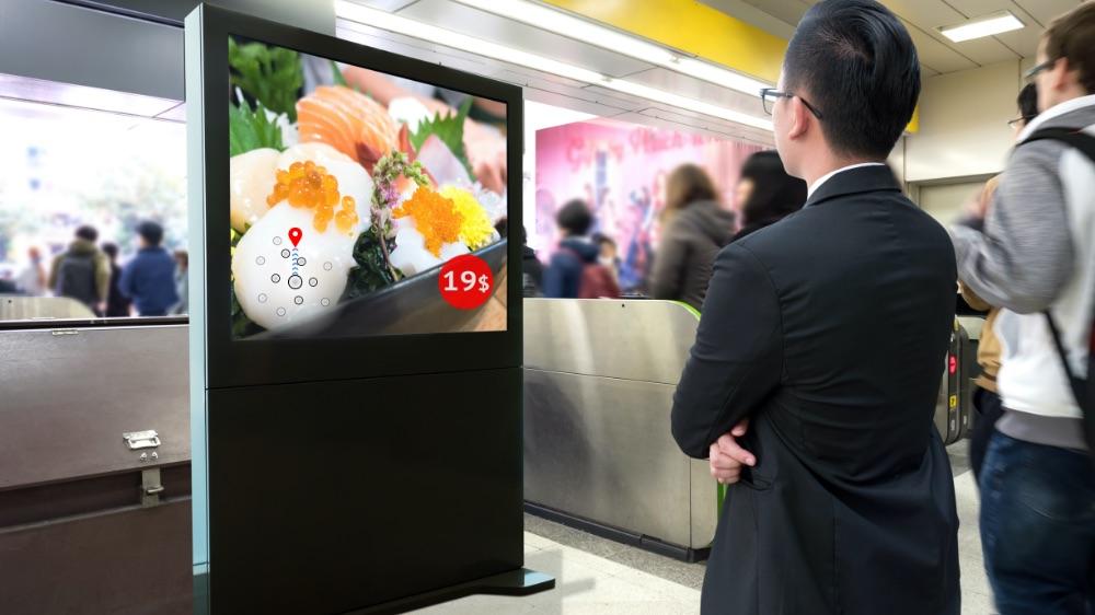展示会では動画が必需メディア